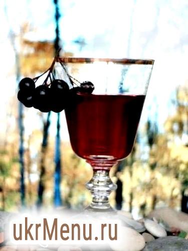 Смачне домашнє вино з горобини - покрокові рецепти