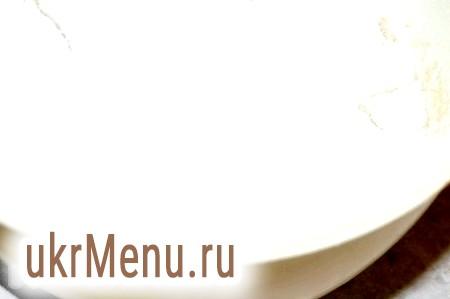 Фото - Тепер додати просіяне борошно і просіяне какао, щоб не було грудочок.