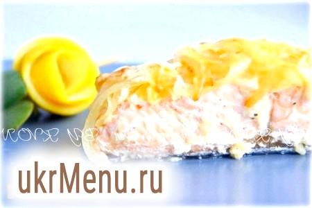 Запечена червона риба в кефіру-імбирному маринаді
