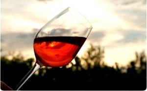 Червоне вино перемагає рак. Червоне вино - користь