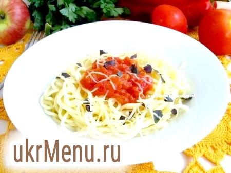 Спагетті з помідорами