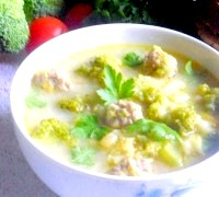 Фото - Крок №6 - При подачі, додаємо в тарілку з супом зелень петрушкі.Пріятного апетиту!