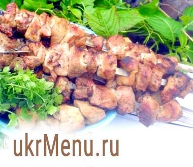 Шашлик зі свинини в пивному маринаді