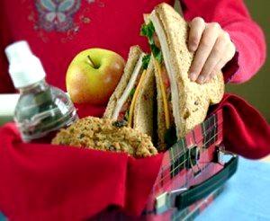 Збираємо шкільний сніданок дитині